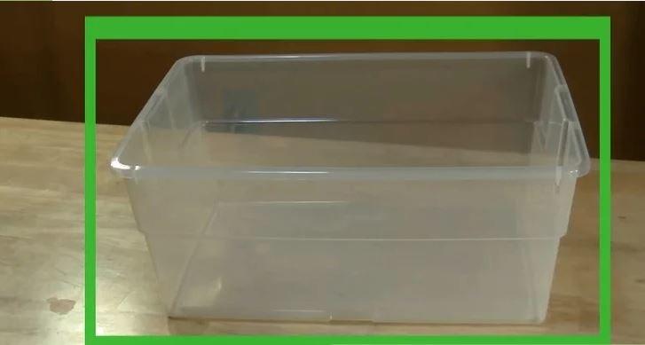 Sử dụng một chiếc thùng, bể cá hay xô để làm bể chứa