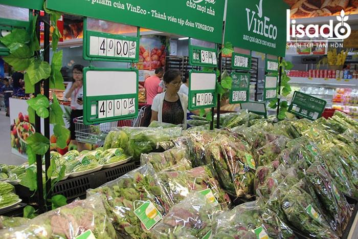 Rau theo tiêu chuẩn Vietgap trong siêu thị