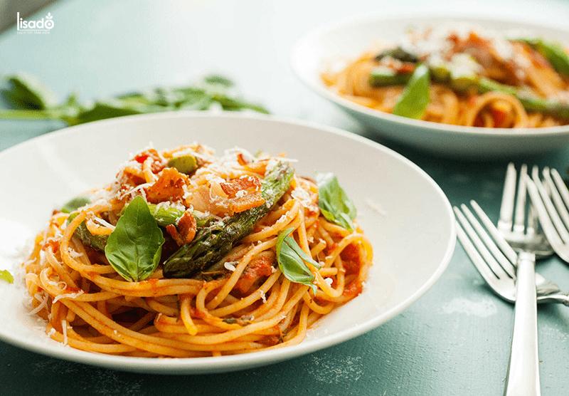 Cách làm món mì Ý măng tây thơm ngon đúng điệu
