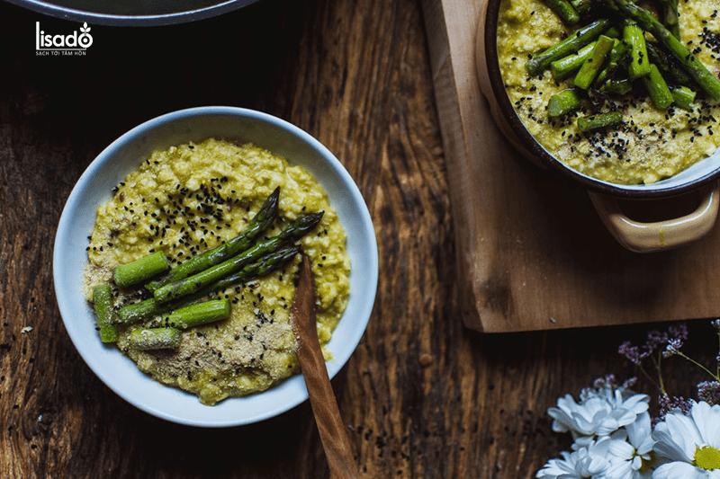 Cách nấu cháo yến mạch măng tây dinh dưỡng cho bé