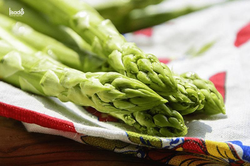 Măng tây- loại rau có vị đắng dịu, giàu dinh dưỡng